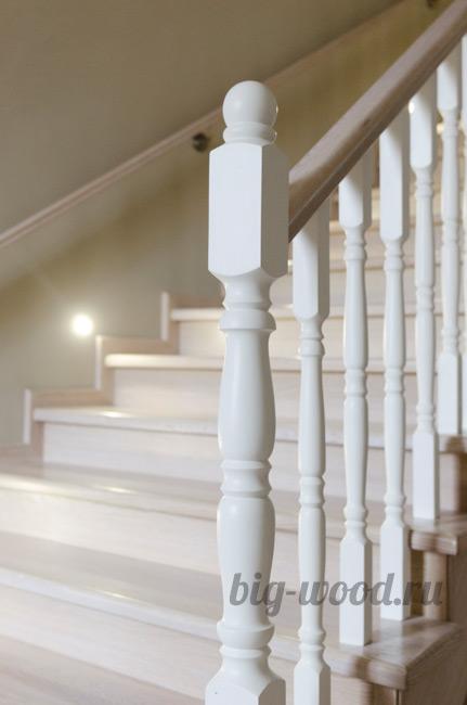Деревянные балясины столбы для лестниц - купить в Туле