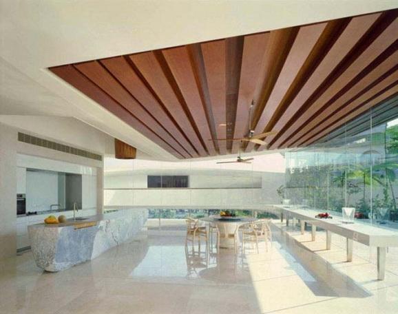 фото потолок из дерева